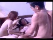 หนังxไทย น้องเชอร์รี่เล่นหนังใหม่เต็มเรื่องกับน้องใหม่ดาราหนังโป๊ รุมเย็ดหนุ่มหล่อในบ้าน