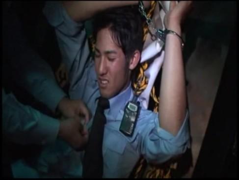หนังซาดิส JAV จับหนุ่มเกย์ตี๋มัดมือแล้ว รุมซั่มรูตูดเกย์หนุ่มหน้าหวานหมดแรงสู้ยอมเป็นฝ่ายรับ