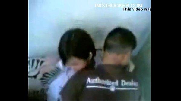 แอบถ่ายวัยรุ่นไทยเอากัน เปิดกระโปรงนักเรียนเย็ดXXX ถกกางเกงในเอาหีสด กระเด้าจนน้ำว่าวพุ่งแตดลั่นขมิบเลย