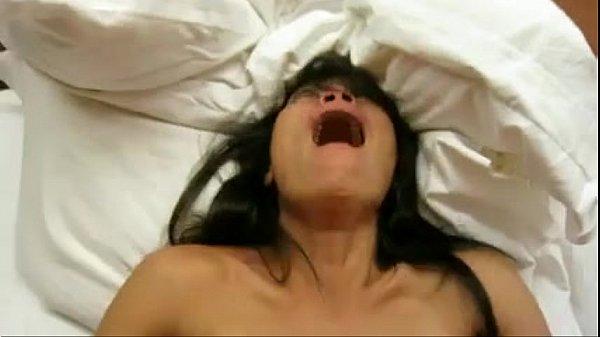 วัยรุ่นไทยโดนเปิดบริสุทธ์ Porn ร้องลั่นห้องครางแสบหีไปหมดเย็ดรัวไม่กลัวเลือดเลอะเตียง ซอยหีเบาๆหน่อยค่ะพี่จ๋า