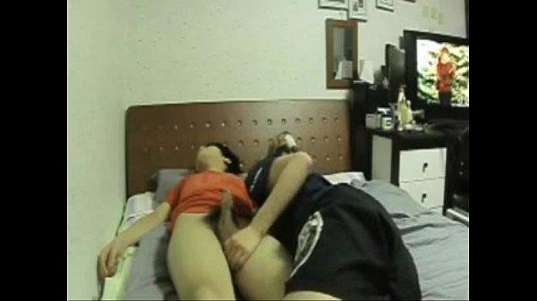 Porn นักศึกษาไทยชักว่าวใส่ควยแฟนตอนหลับจนควยแข็งแล้วขึ้นขย่มเย็ดโชว์หมา ซั่มกันเงี่ยนจัดกระแทกควยเข้ารูหี