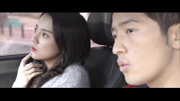หนังโป๊ออนไลน์ เย็ดกับแฟนบนรถเป็นเด็กเสี่ย บริการดีจัดขึ้นขย่มให้บนรถหรูเงี่ยนจัด