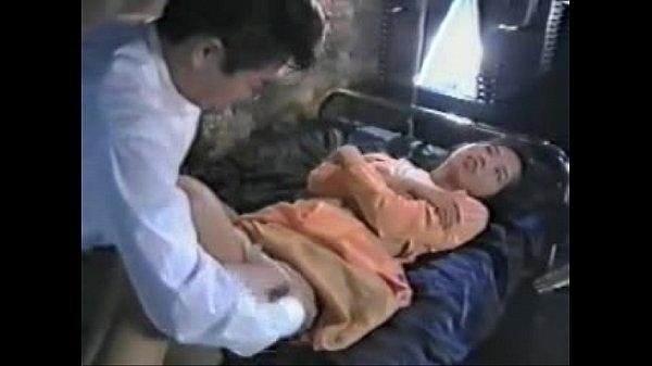 หนังเรทอาร์ไทย คุณหมอสุดเงี่ยนหลอกฟันเด็ก หีเนียนยังซิงอยู่โดนอึ้บหีเลือดออก