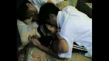 หลุดนักเรียนไทยแอบเย็ดตอนเข้าค่ายให้เพื่อนถ่าย คลิปXxX ดูดปากก่อนซั่มผู้หญิงก็เงี่ยนเย็ดกันตอนเพื่อนหลับ