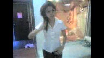 สาวไซด์ไลน์คนใหม่นักศึกษาไทย แก้ผ้าโชว์สัดส่วน นมใหญ่ใส่ชุดที่เสื้อแทบแตก ถอดกางเกงในเห็นหีอูมๆน่าซื้อบริการ