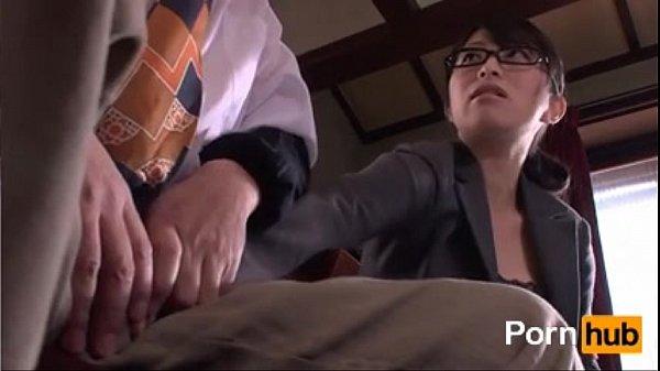 หนังเรทอาร์ญี่ปุ่น พนังงานใหม่สาวแว่นสุดเอ็กซ์เป็นเลขาส่วนตัว รวมงานโม้คควยตอนหัวหน้าเครียดดูดเก่งซะหัวควยแดง